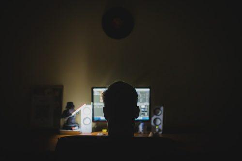 Musik, Filme und Computerspiele über das Usenet herunterladen
