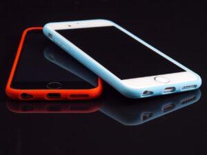 Smartphone mit Bumper als Handyhülle