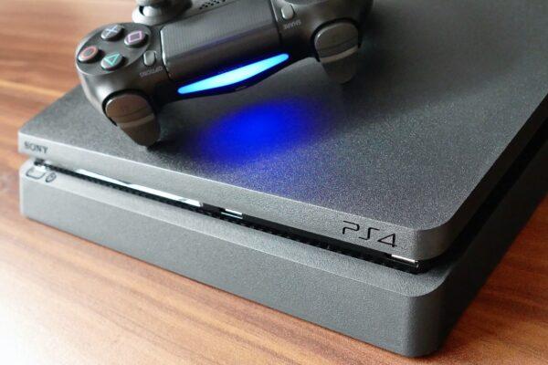PS4 mit Maus und Tastatur spielen