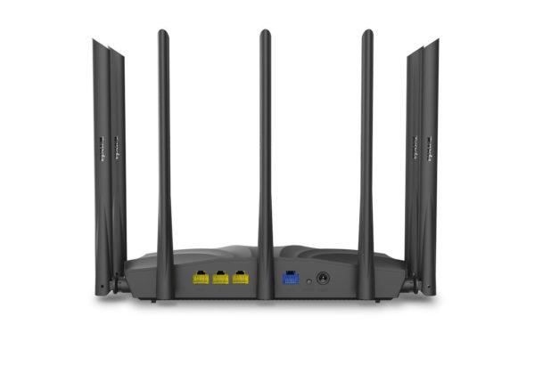 Tenda AC23: AC2100-WLAN Router Anschlüsse